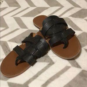 Franco Sarto leather flip flops
